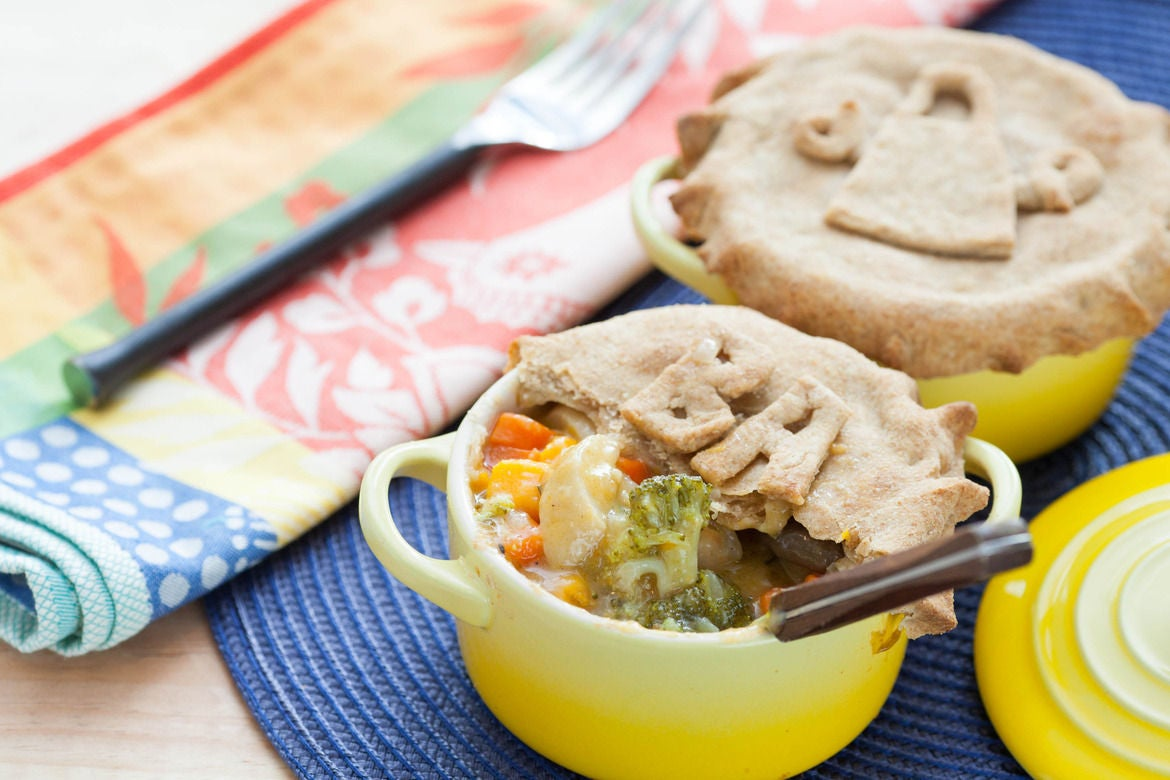 pot pie is a baked savory pie that has