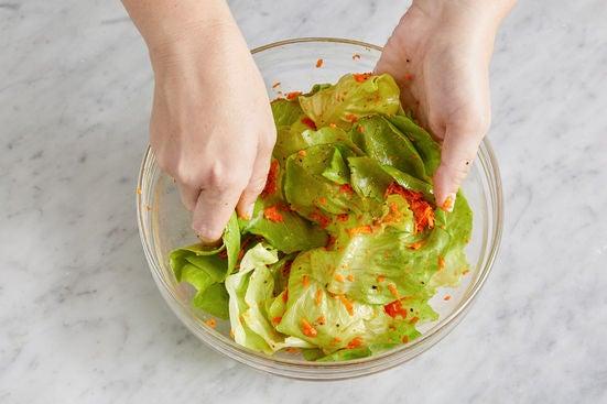 Prepare & dress the salad: