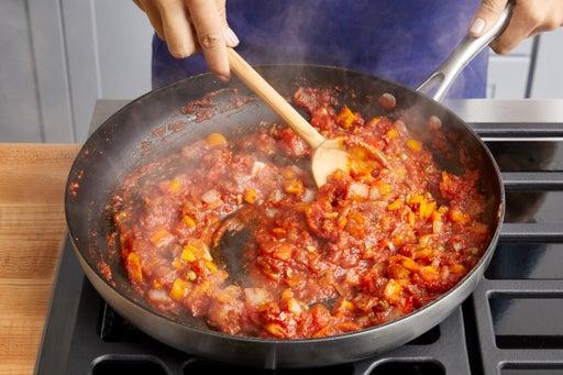 Make the tomato sauce & finish the pasta: