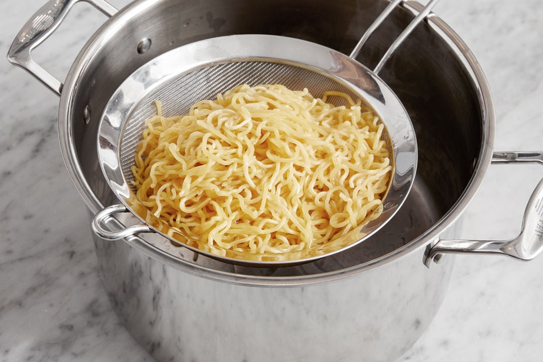 Start the noodles: