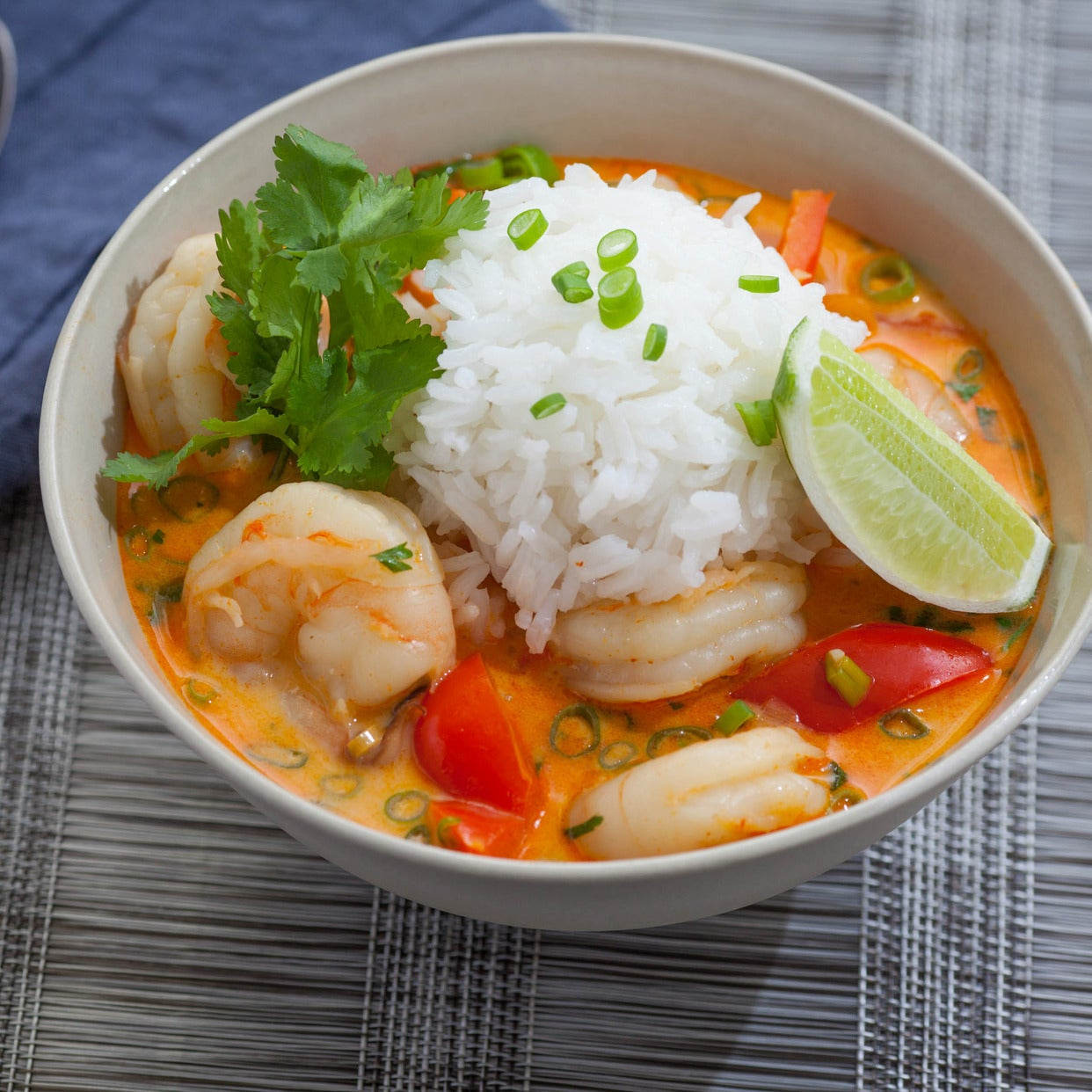 Recipe thai shrimp soup with coconut lemongrass red for Thai fish soup