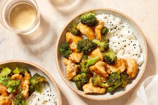 Stir-Fried Sweet Chili Chicken with Broccoli & Rice