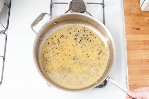 Prepare the pasta sauce: