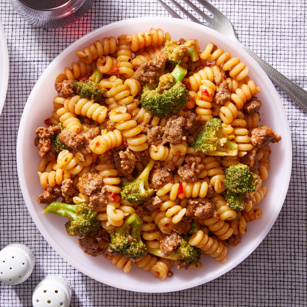 Pasta & Beef Ragù with Broccoli
