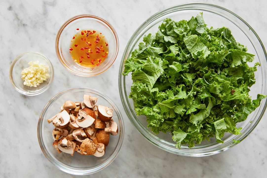 Prepare the ingredients & make the hot honey: