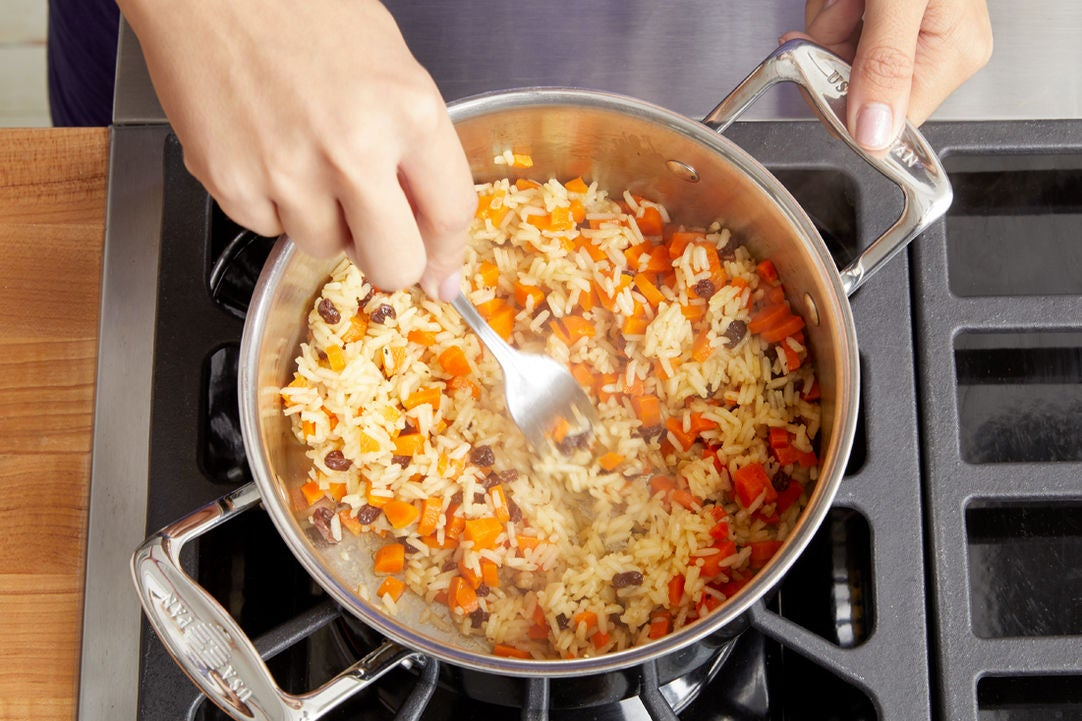 Cook the rice & carrots: