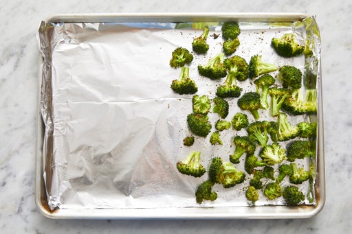 Prepare & start the broccoli: