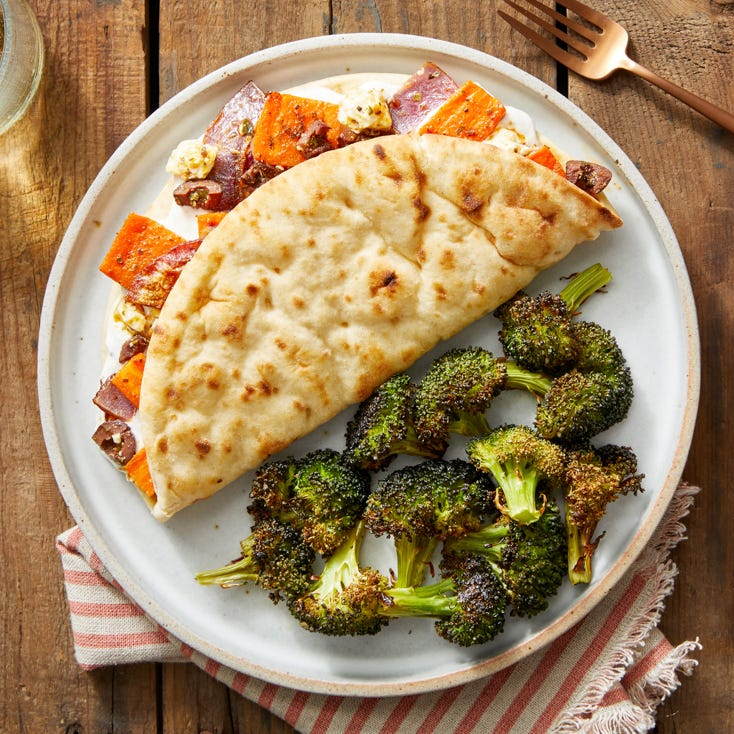 Mediterranean Veggie Pitas with Lemon-Dressed Broccoli