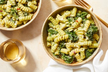 Pesto & Kale Pasta with Goat Cheese
