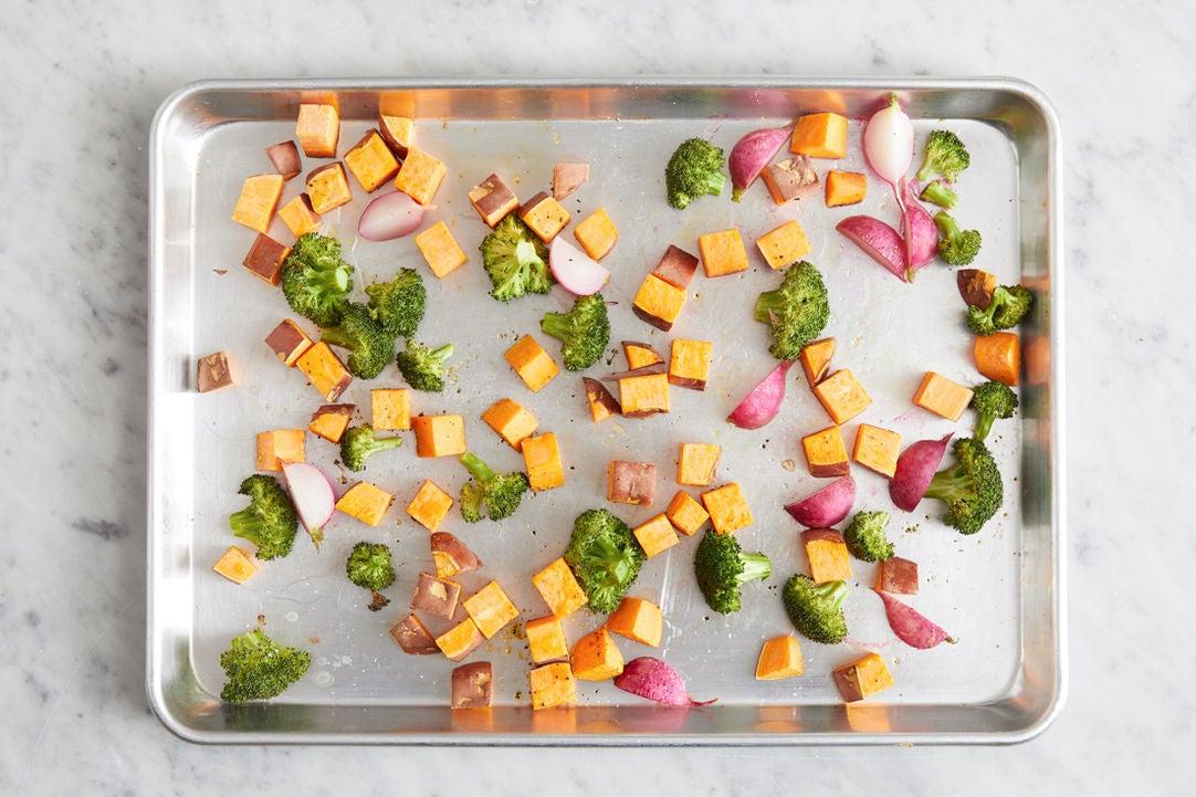 Prepare & start the vegetables: