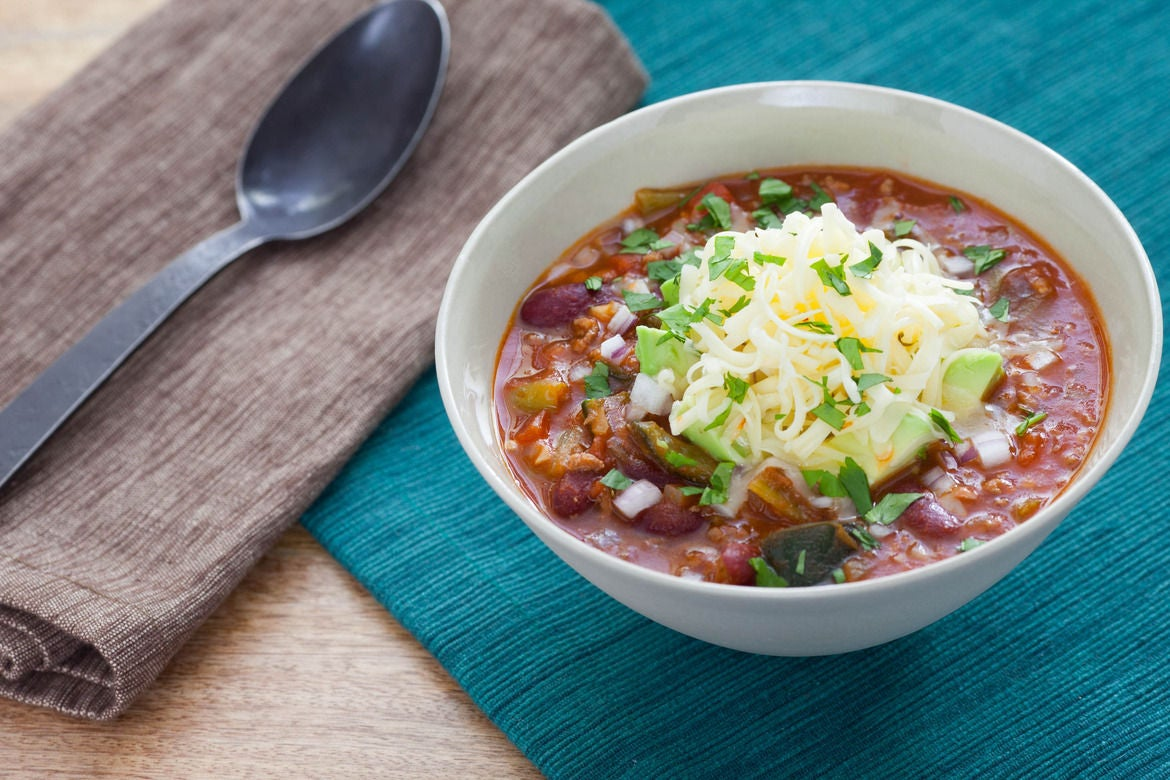 Recipe: 3-Chile Beef Chili with Red Kidney Beans & Pepper ...