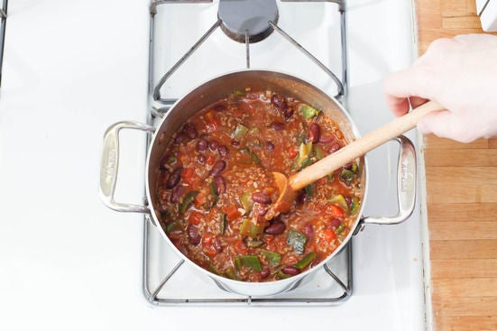 Simmer the chili: