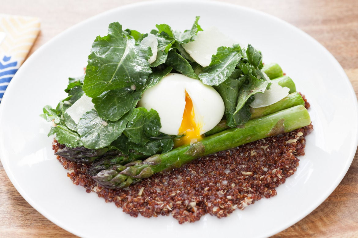 Soft-Boiled Eggs over Risotto-Style Red Quinoa with Sautéed Asparagus ...