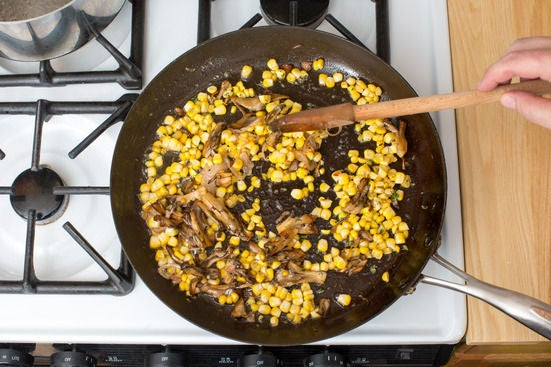 Add the shallot, corn & thyme: