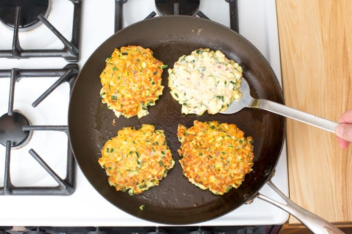 Cook the fritters: