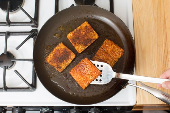 Cook the tempeh: