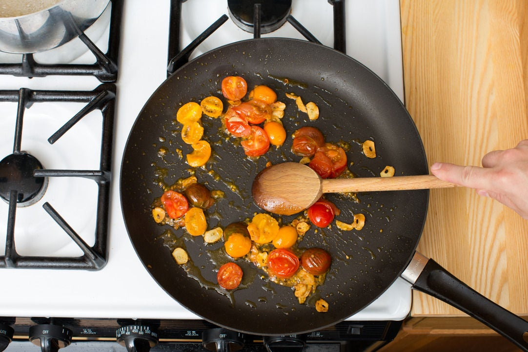 Cook the tomatoes: