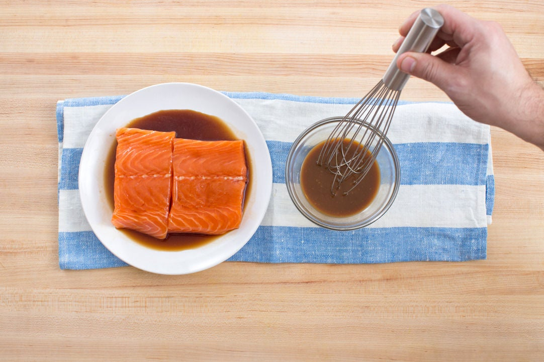 Marinate the salmon & make the miso mixture: