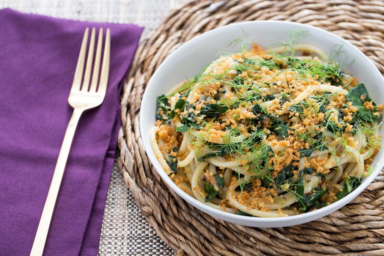 Blue apron seattle - Caramelized Fennel Kale Bucatini With Pecorino Toasted Breadcrumbs Powdered Honey