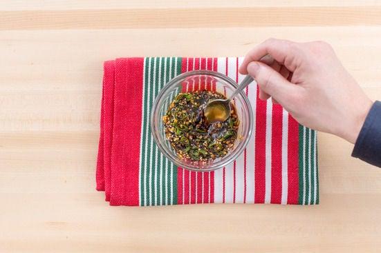 Make the ponzu dipping sauce: