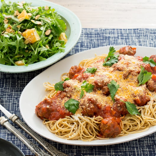 Whole Wheat Spaghetti & Meatballs with Arugula, Tangelo & Parmesan Salad