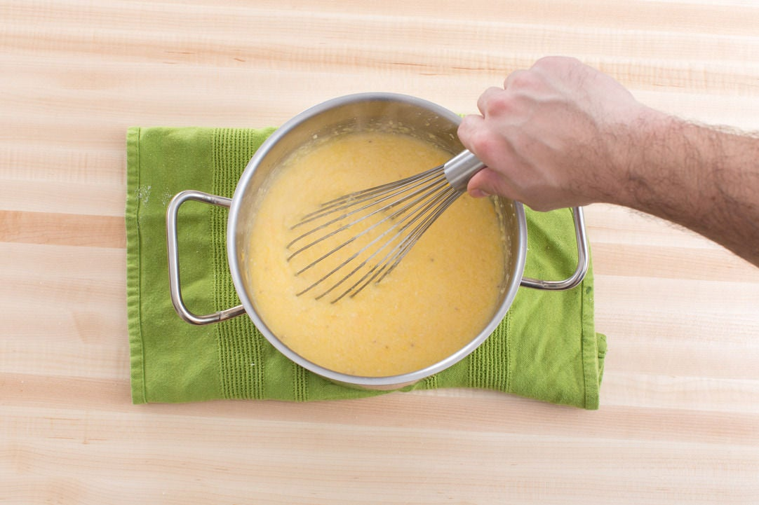 Make the cheddar grits: