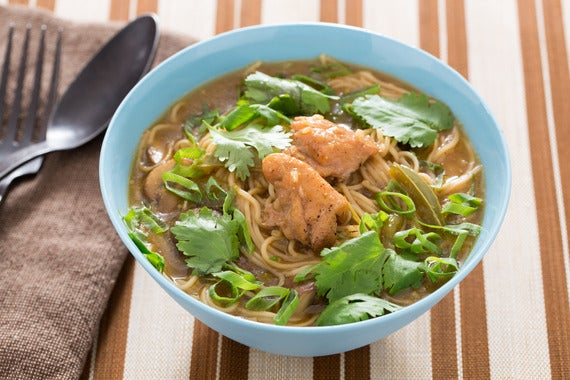 ... : Spicy Thai Chicken Noodle Soup with Curry & Mushrooms - Blue Apron