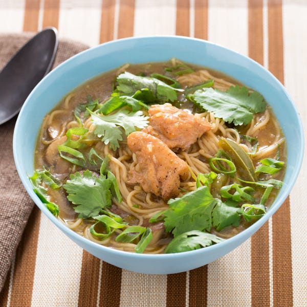 Spicy Thai Chicken Noodle Soup with Curry & Mushrooms
