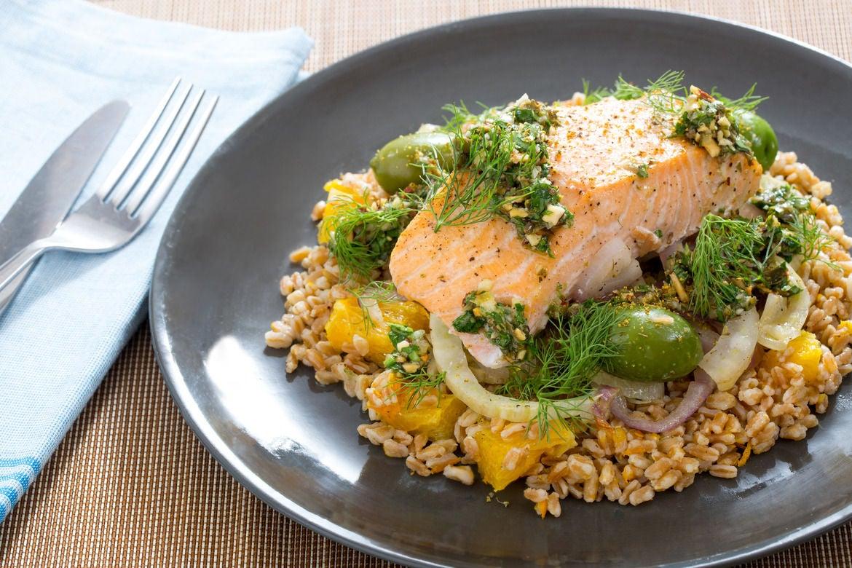 Blue apron salmon - Roasted Salmon Fennel Castelvetrano Olives With Cara Cara Orange Farro Salsa Verde