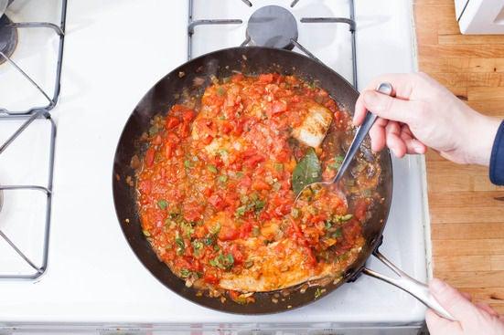 Add the tomato sauce: