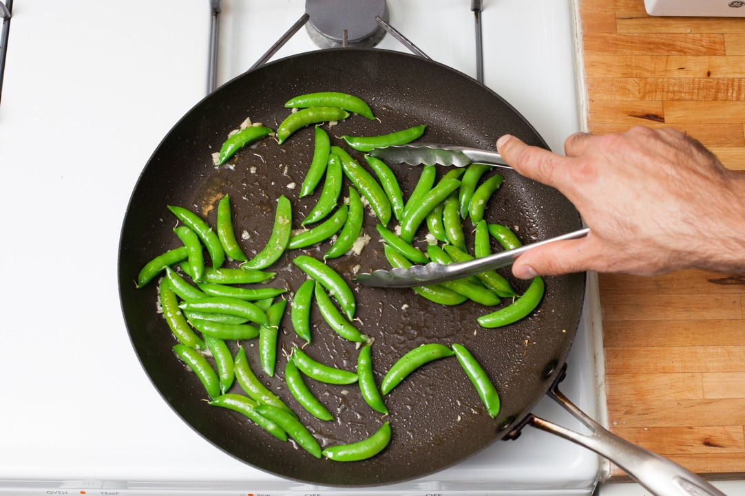 Cook the sugar snap peas: