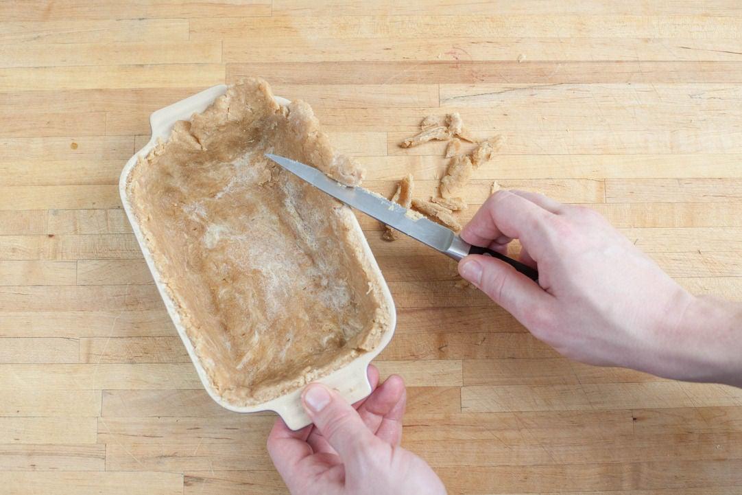 Prepare the crust: