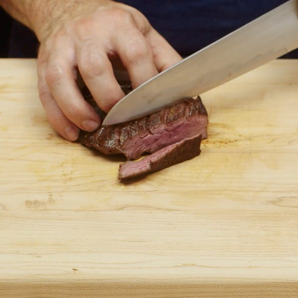 Slicing steak sq